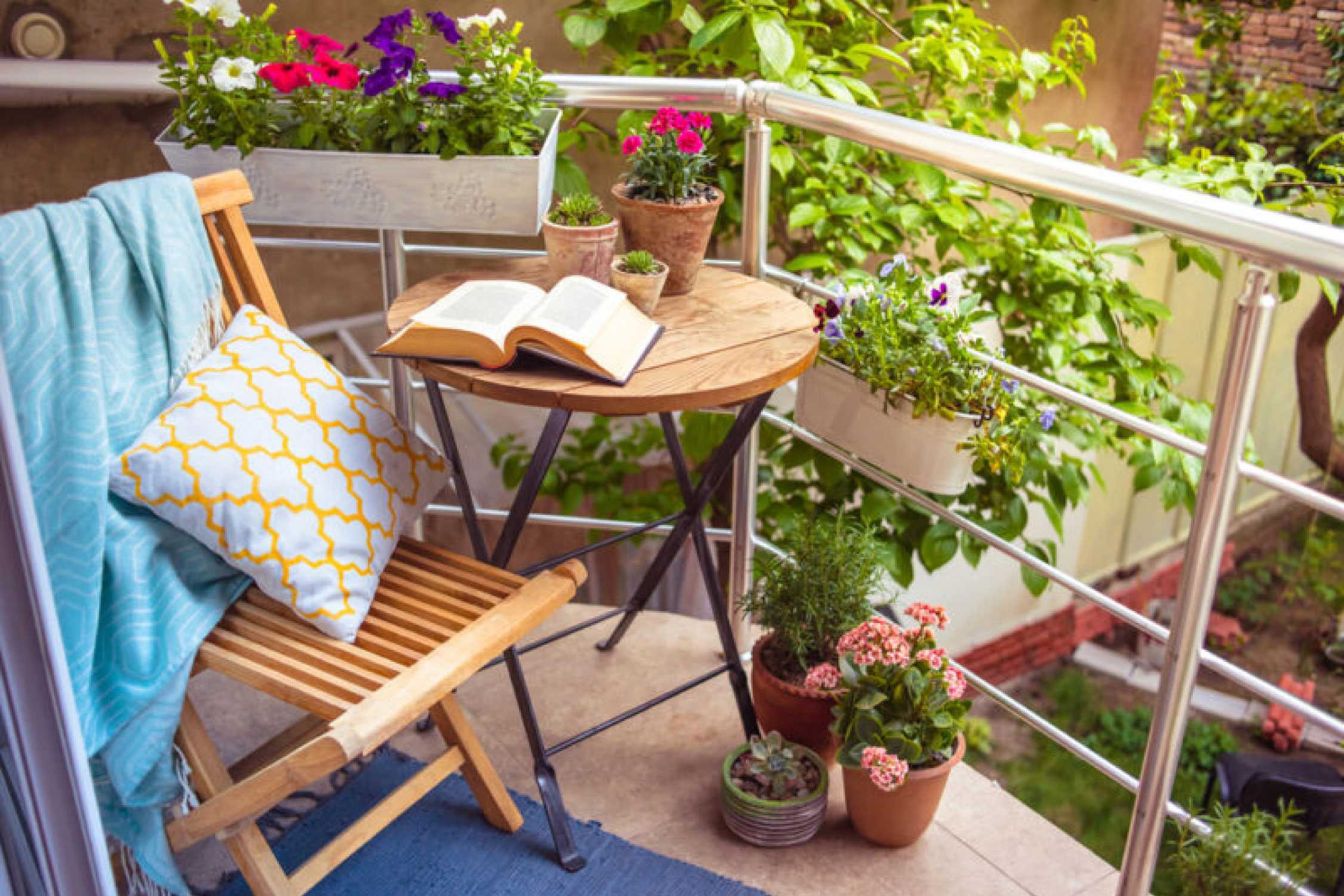 Small Balcony Decoration Ideas