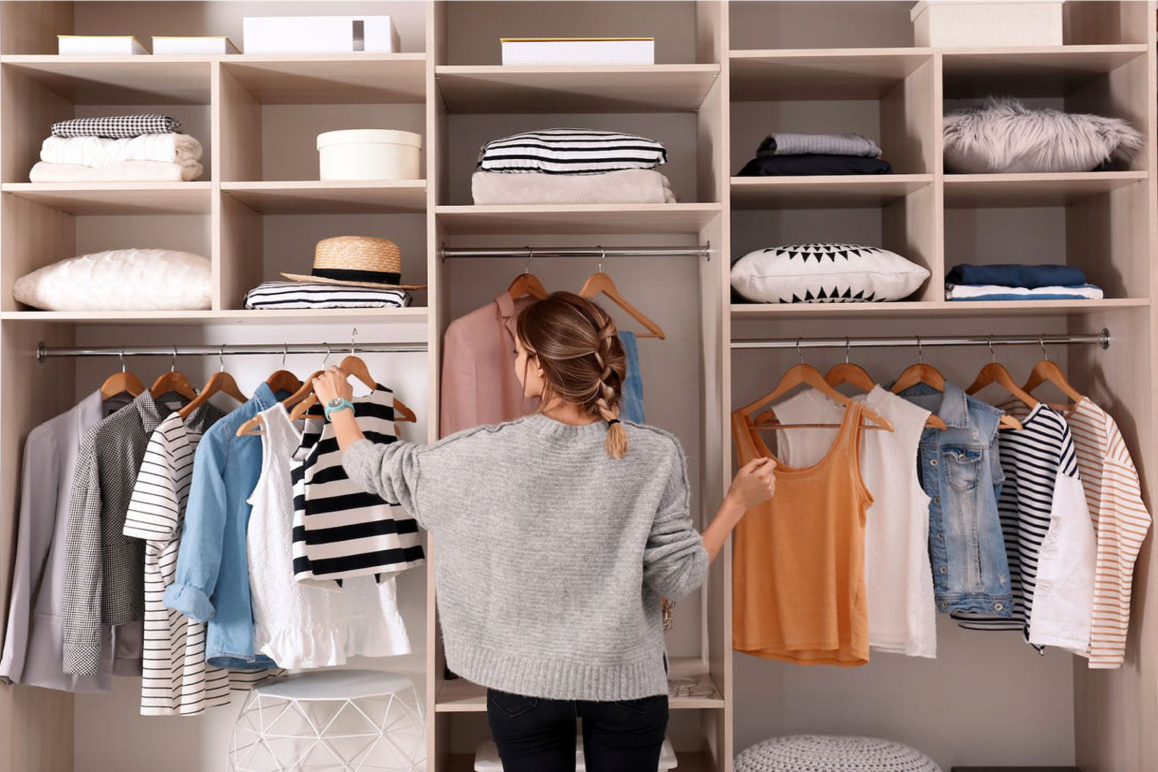How to organize your closet??