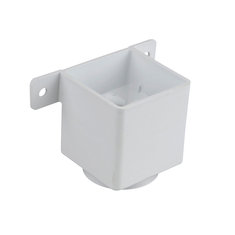 Osma 823W Pipe Connector & Bracket White Guttering